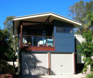 rob-acton-golden-beach-house